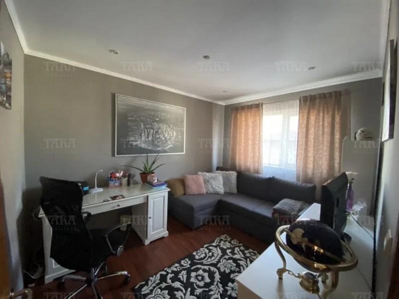 Apartament Cu 5 Camere Floresti ID V887306 4