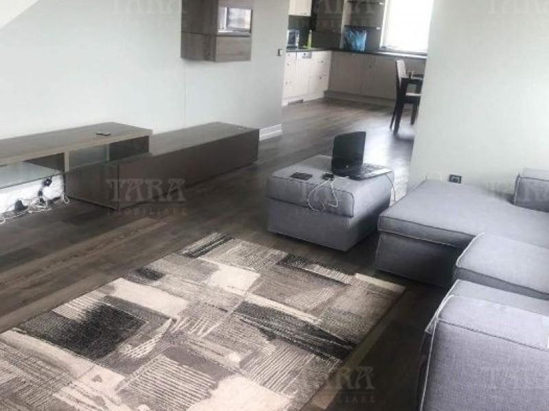 Apartament Cu 3 Camere Dambul Rotund ID V485760 3