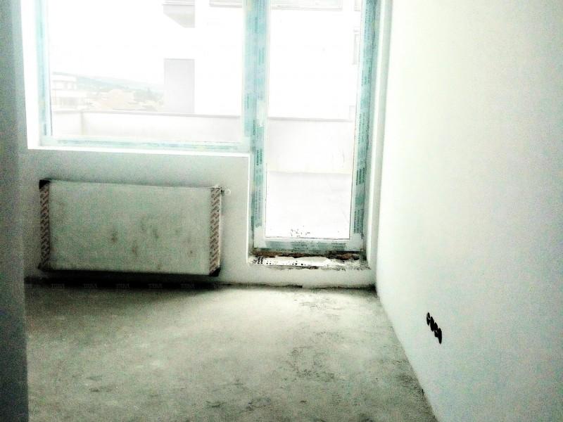 Apartament Cu 4 Camere Dambul Rotund ID V702344 4