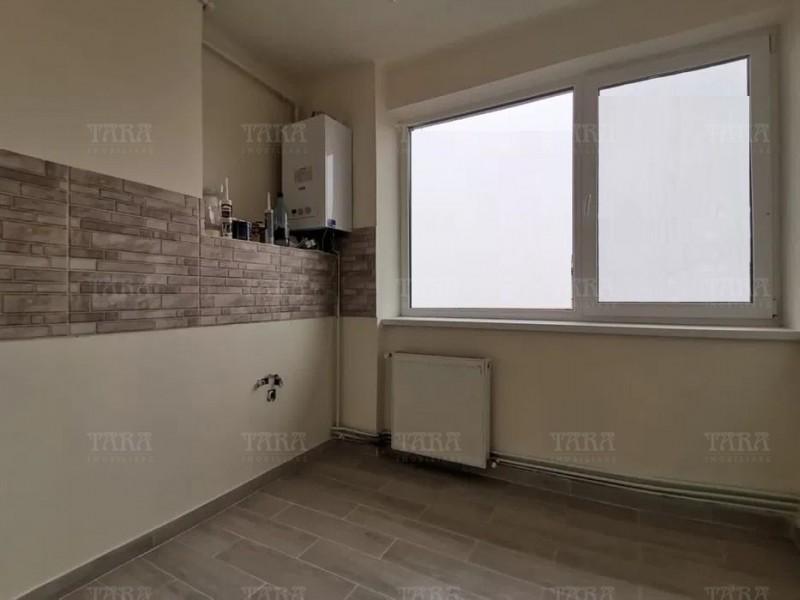 Apartament cu 3 camere, Ultracentral