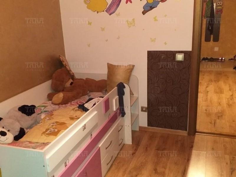Apartament Cu 3 Camere Dambul Rotund ID V959311 4