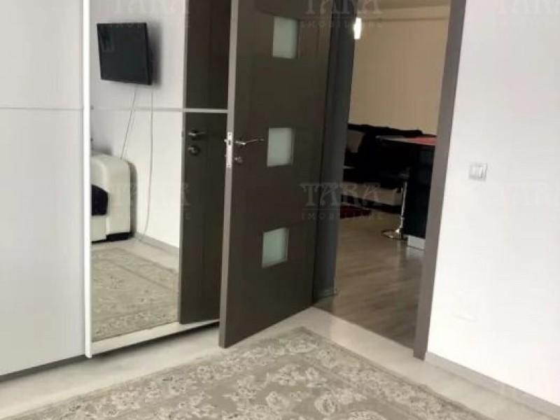 Apartament Cu 3 Camere Floresti ID V723043 4