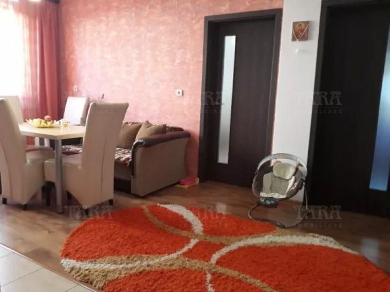 Apartament Cu 3 Camere Floresti ID V812040 1