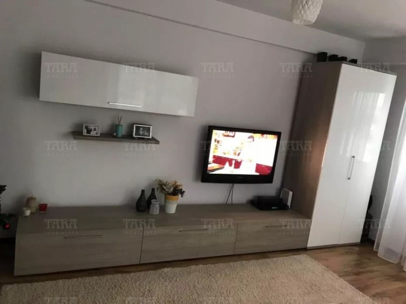 Apartament Cu 3 Camere Baciu ID V642238 3