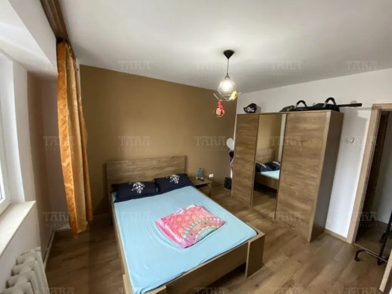 Apartament Cu 3 Camere Semicentral ID V986182 4