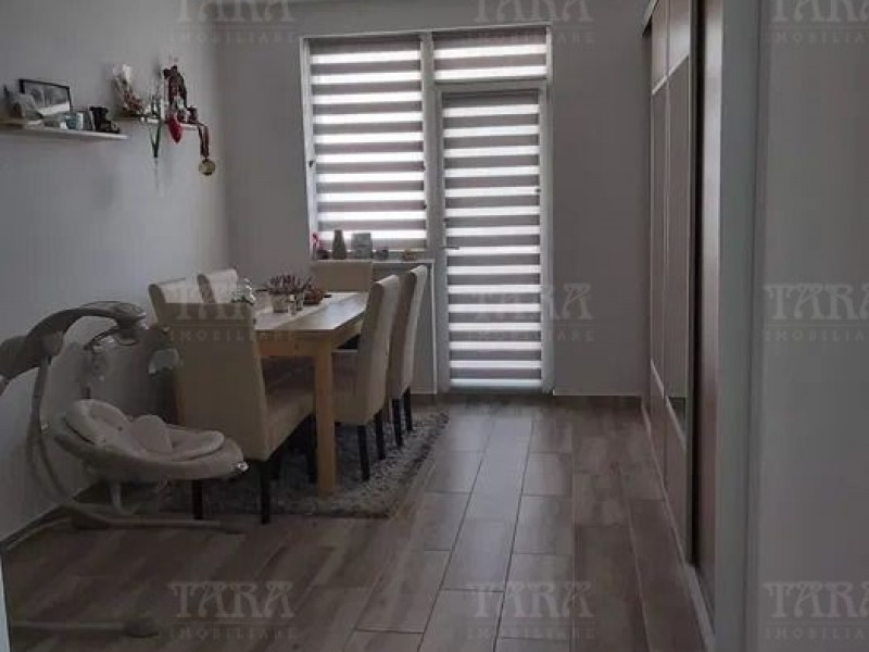 Apartament Cu 3 Camere Floresti ID V926773 2