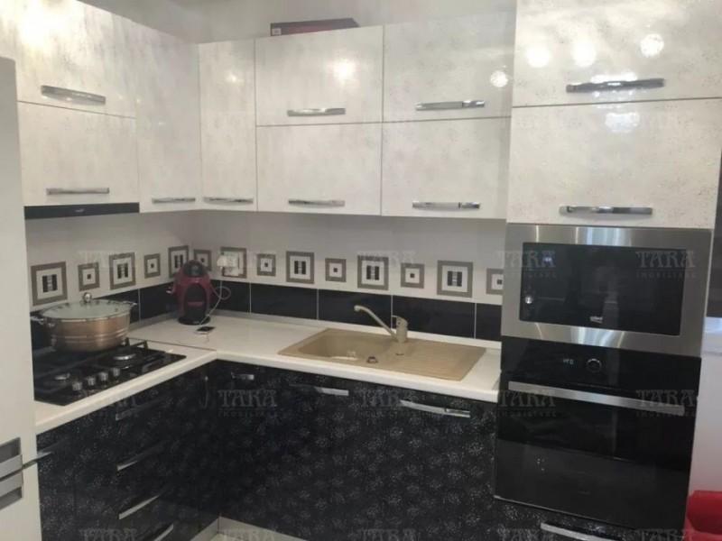 Apartament Cu 3 Camere Floresti ID V630798 2