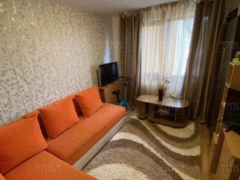 Apartament Cu 3 Camere Floresti ID V915315 2
