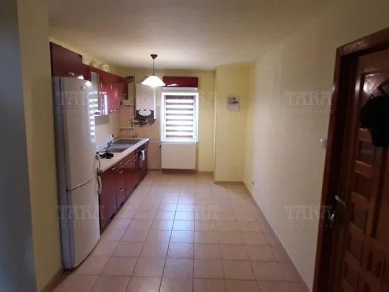 Apartament Cu 3 Camere Floresti ID V765015 3