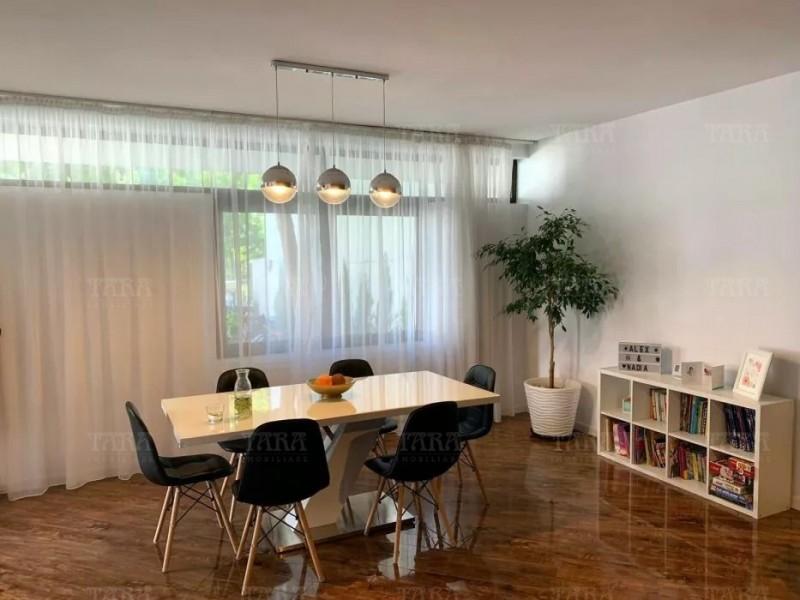 Casa Cu 4 Camere Iris ID V774535 2