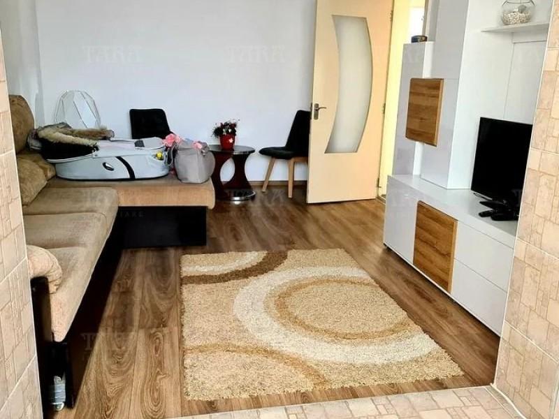 Apartament Cu 3 Camere Plopilor ID V1091208 3