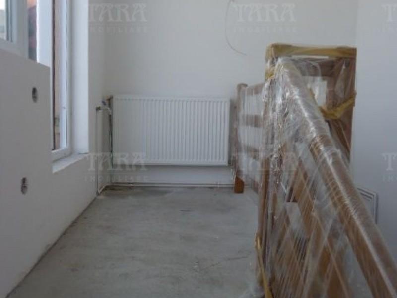 Apartament Cu 4 Camere Semicentral ID V7964 13