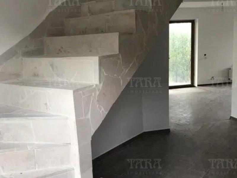 Casa Cu 5 Camere Dambul Rotund ID V1057061 3