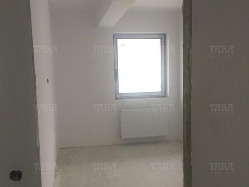 Apartament Cu 4 Camere Floresti ID V855184 3