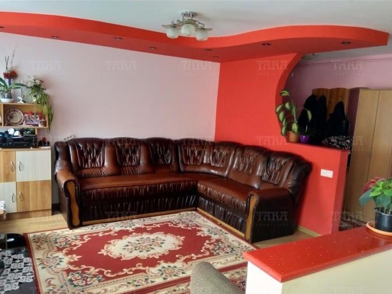 Apartament Cu 3 Camere Floresti ID V694876 2