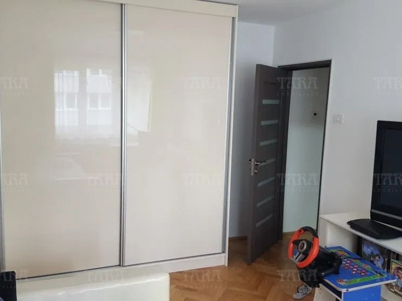 Apartament Cu 4 Camere Manastur ID V976614 2