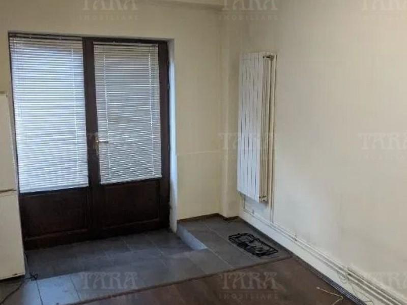 Apartament Cu 2 Camere Semicentral ID V963046 3