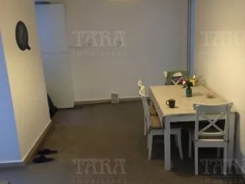 Apartament Cu 3 Camere Ultracentral ID V733756 3
