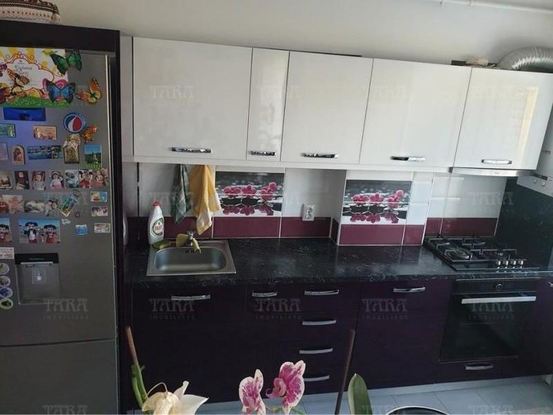 Apartament Cu 3 Camere Floresti ID V1075239 2