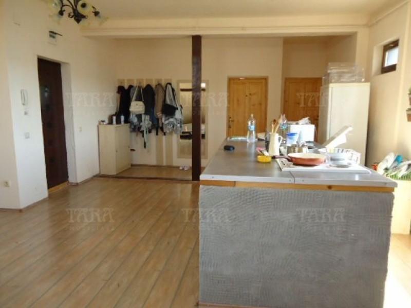 Apartament Cu 3 Camere Dambul Rotund ID V286957 6