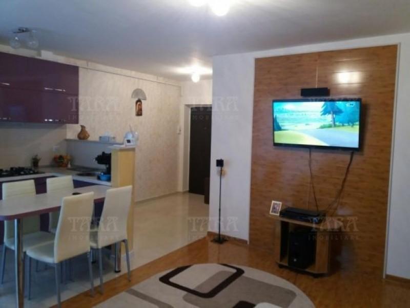 Apartament Cu 3 Camere Floresti ID V504177 2