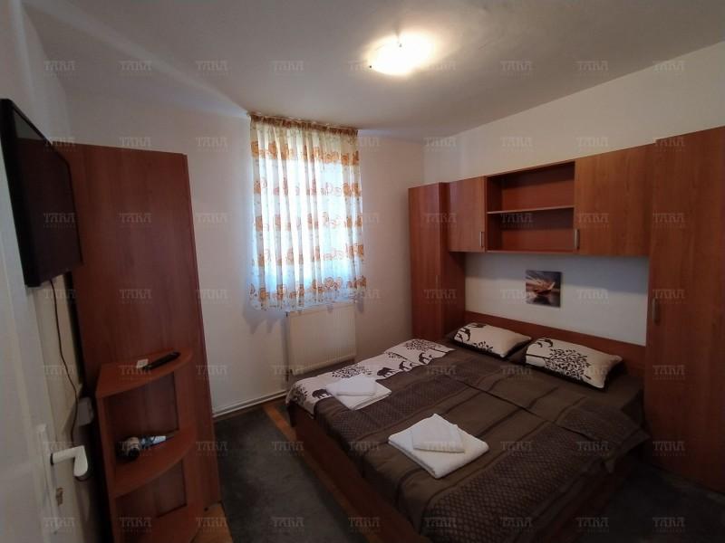 Casa Cu 11 Camere Buna Ziua ID I606516 2
