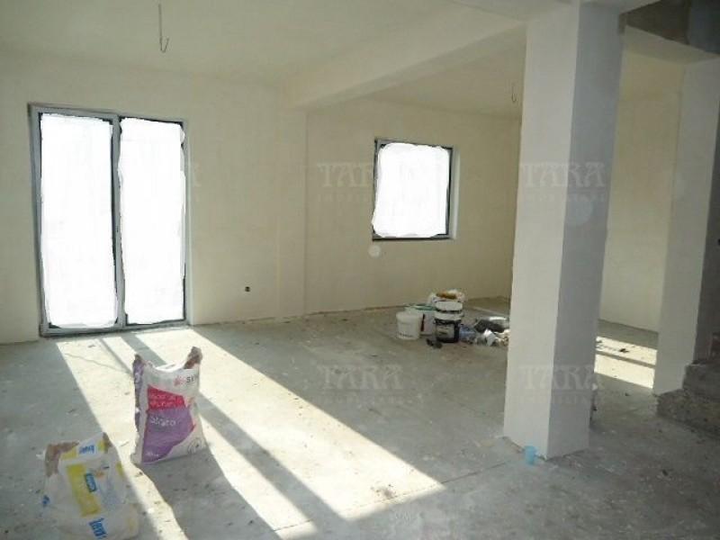 Casa Cu 4 Camere Floresti ID V375049 2