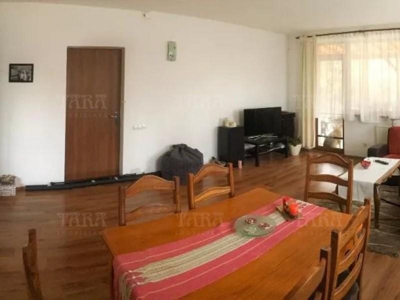 Casa Cu 4 Camere Floresti ID V815841 2