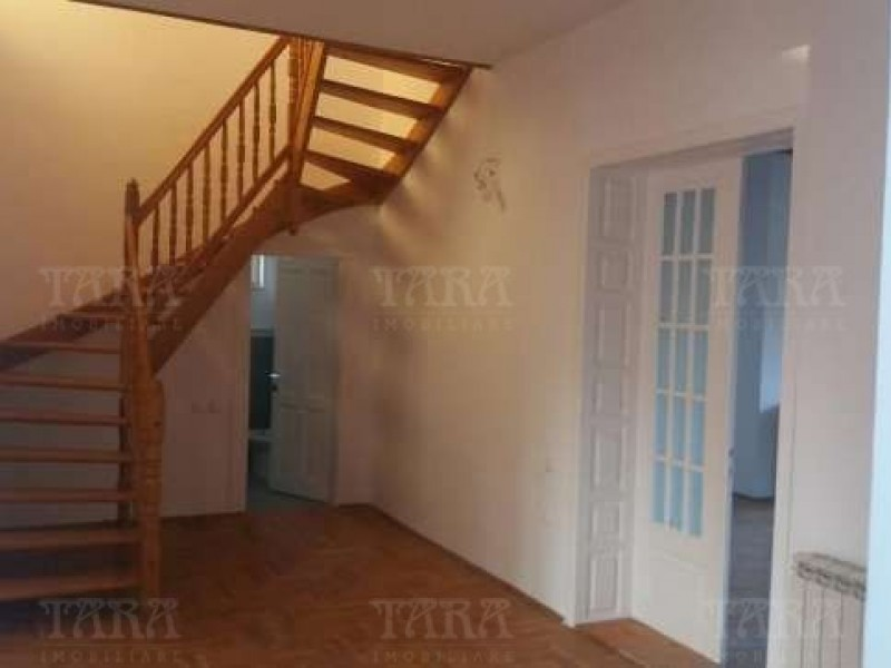 Casa Cu 5 Camere Gheorgheni ID V280599 3