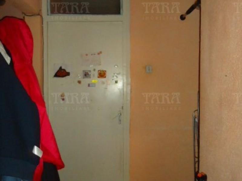 Apartament Cu 4 Camere Dambul Rotund ID V972864 5