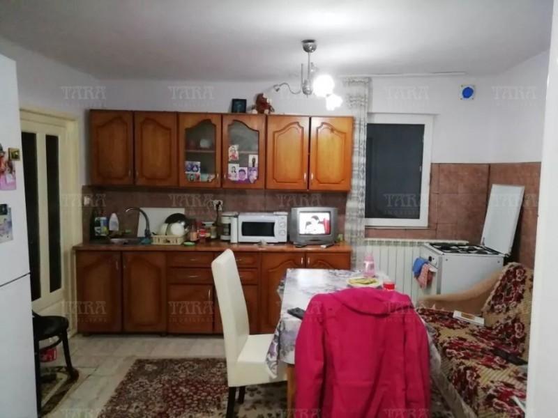 Casa Cu 2 Camere Dambul Rotund ID V655144 3