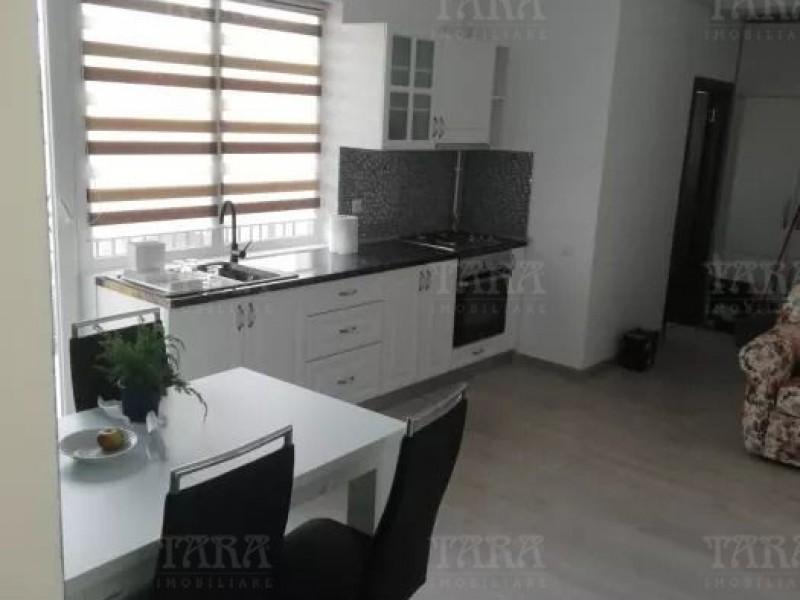 Apartament Cu 3 Camere Floresti ID V835420 2