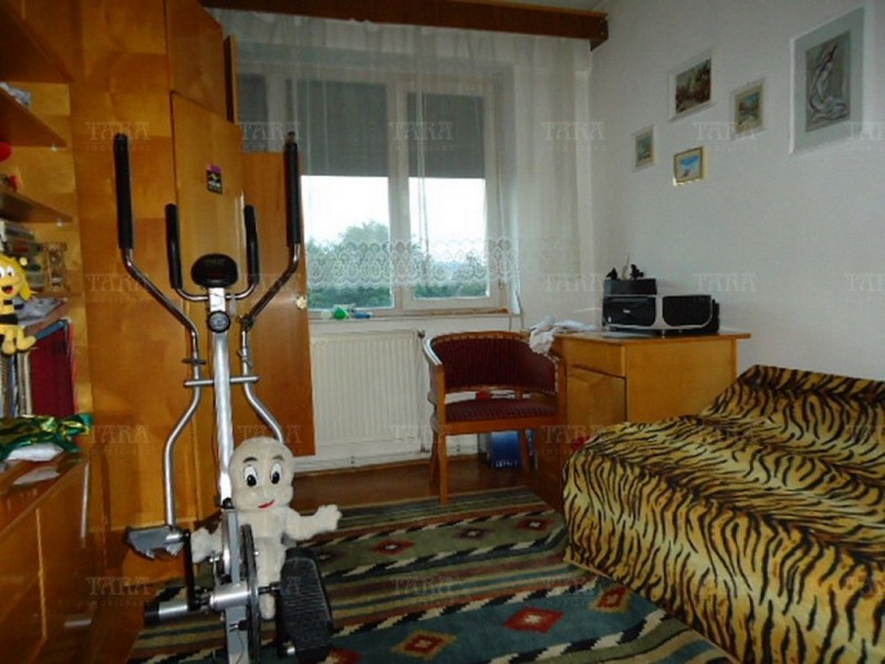 Apartament Cu 4 Camere Grigorescu ID V304155 10