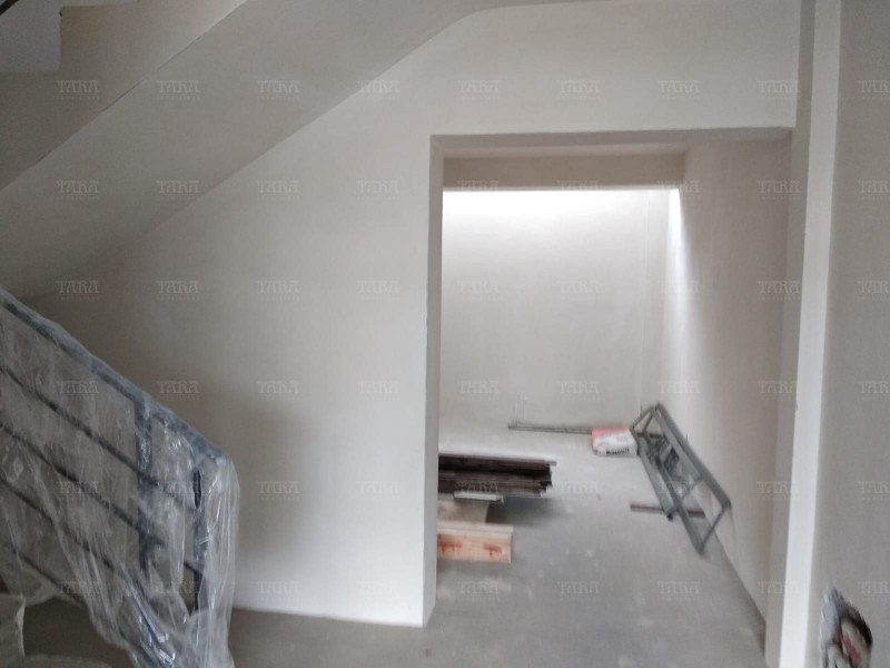 Casa Cu 4 Camere Gruia ID V733116 2