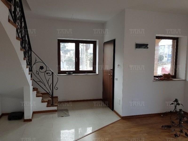 Casa 3 camere, Andrei Muresanu