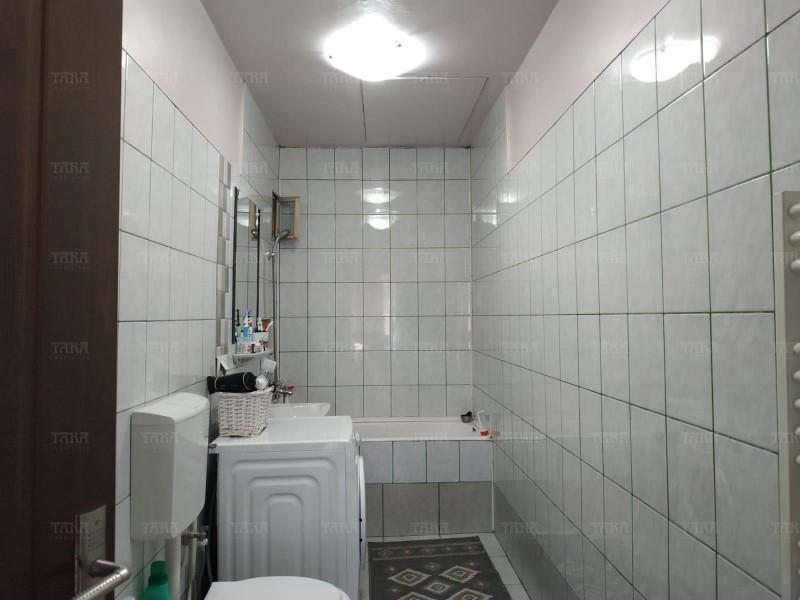 Casa Cu 6 Camere Dambul Rotund ID V1172710 4