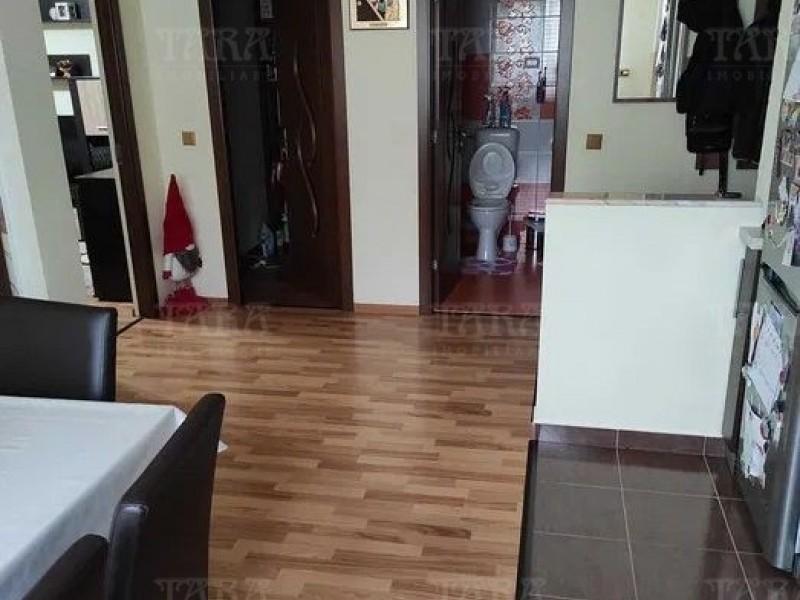 Apartament Cu 3 Camere Floresti ID V1247697 3