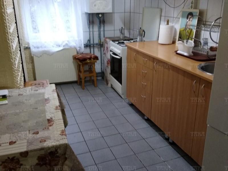 Apartament cu 4 camere, Plopilor