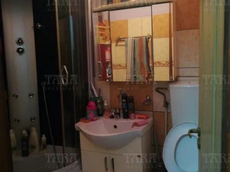 Casa Cu 3 Camere Semicentral ID V642351 6