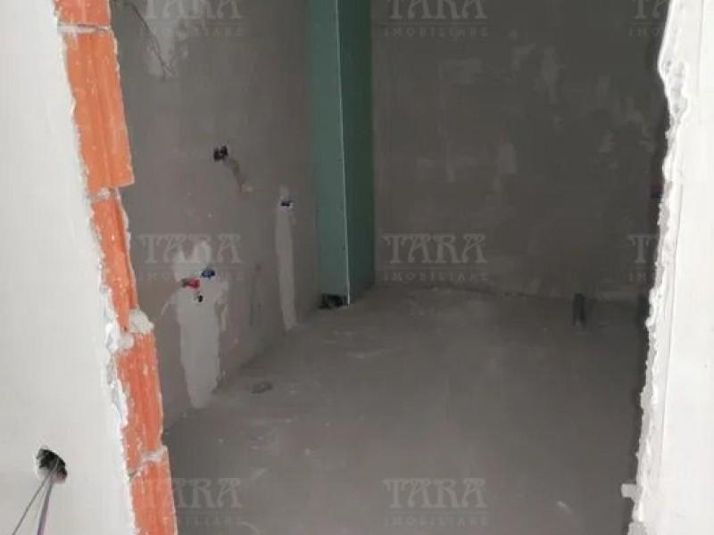 Apartament Cu 1 Camera Floresti ID V1220205 4