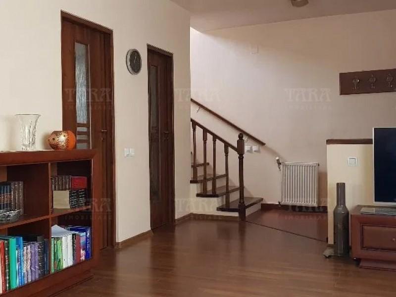 Casa Cu 4 Camere Floresti ID V1172689 2