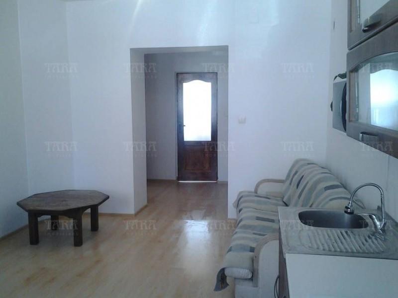 Casa Cu 3 Camere Semicentral ID V541911 3