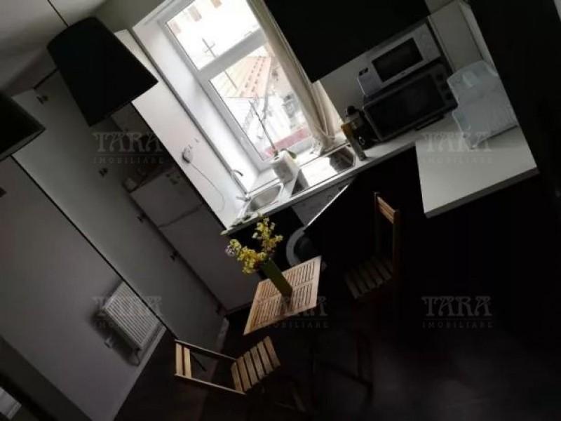 Apartament Cu 3 Camere Ultracentral ID V806928 2