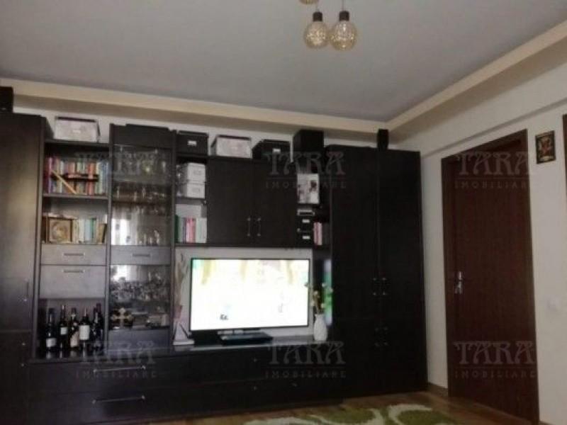 Apartament Cu 3 Camere Floresti ID V773490 4
