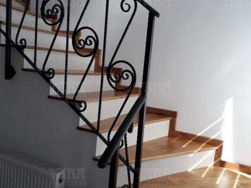 Casa Cu 4 Camere Floresti ID V1217213 3