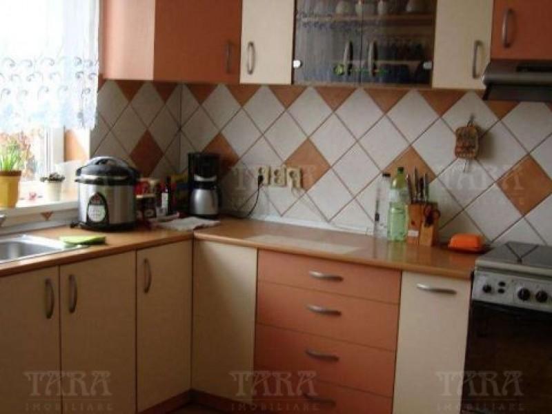 Apartament Cu 6 Camere Gruia ID V224067 3