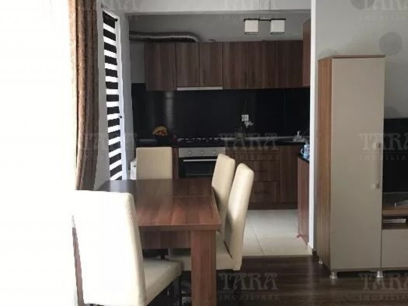 Apartament Cu 3 Camere Dambul Rotund ID V724044 3