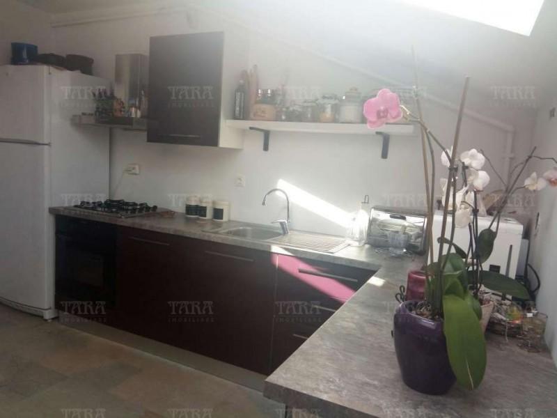 Apartament Cu 3 Camere Floresti ID V450062 3