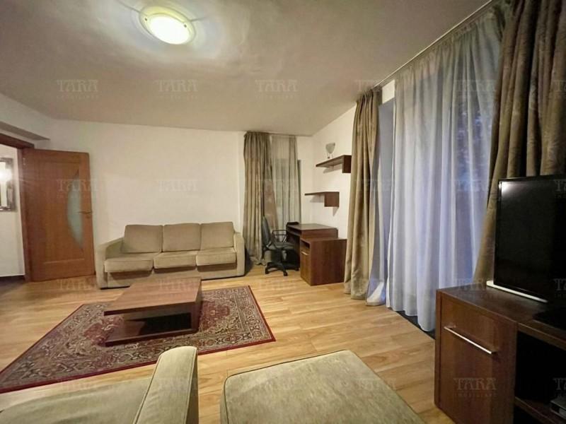 Apartament Cu 4 Camere Semicentral ID I1279494 2