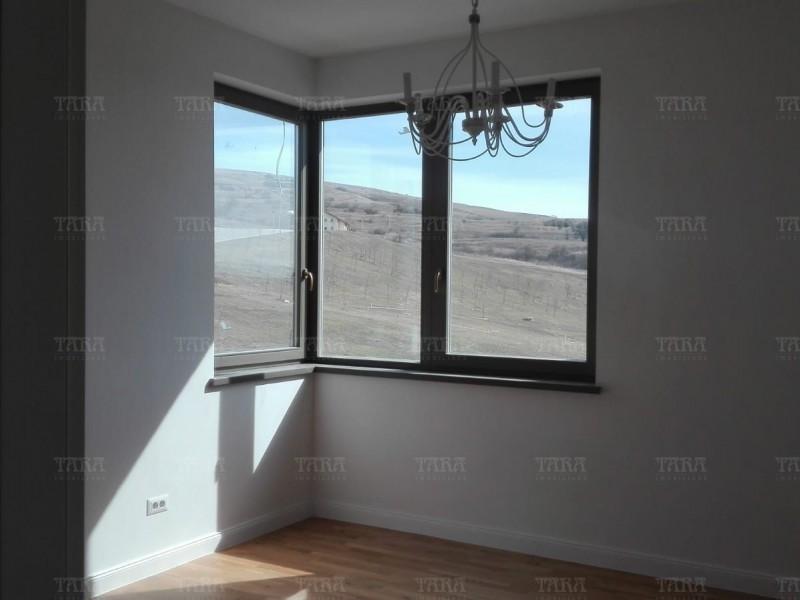 Casa Cu 5 Camere Iris ID I672144 11